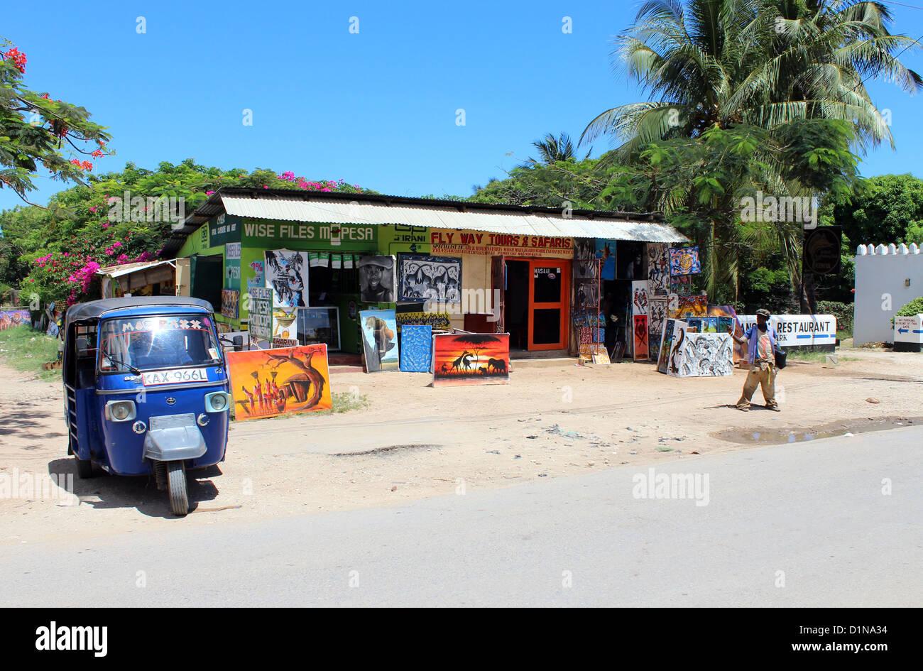 Tourist market with handmade art for sale, Kenya, East Africa - Stock Image