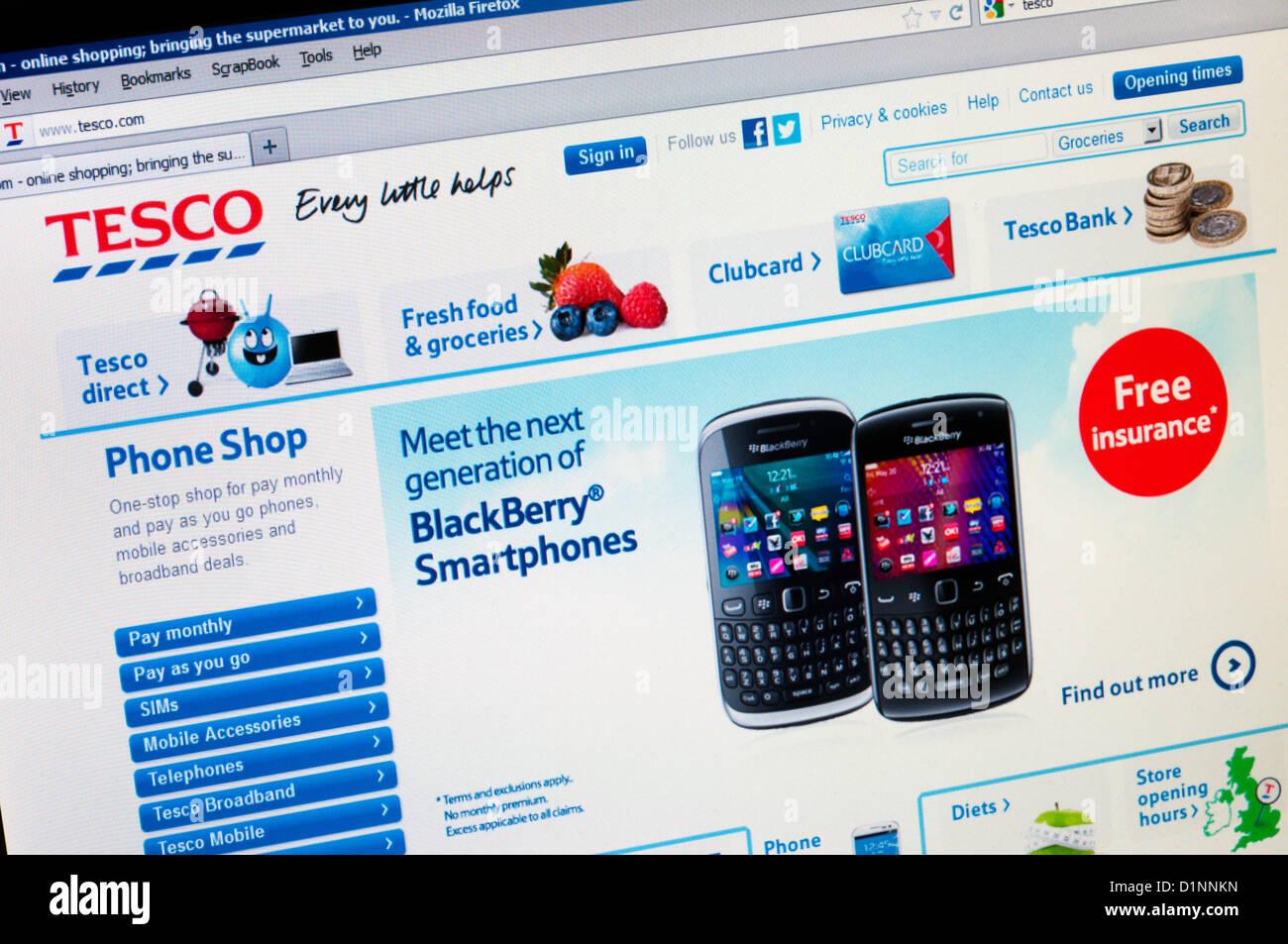 The Tesco web site featuring BlackBerry Smartphones Stock Photo