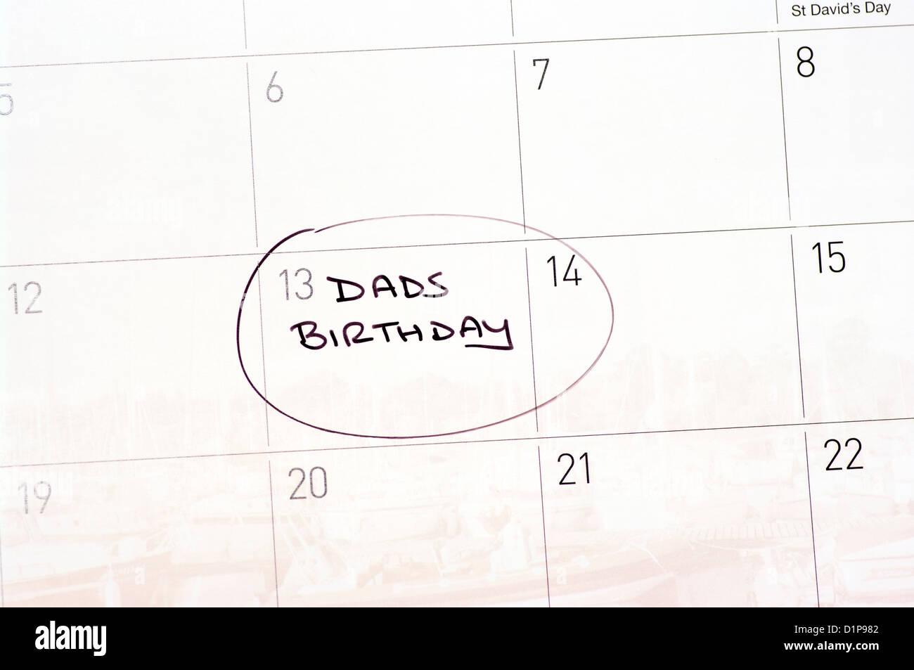 Dads Birthday Reminder Circled On A Calendar - Stock Image