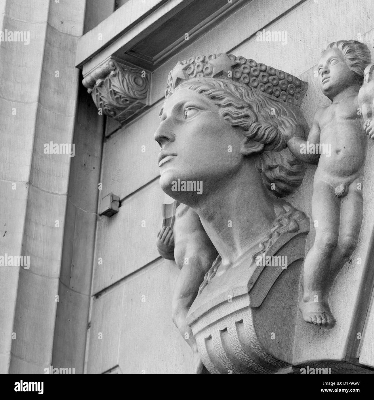 Carving details on a wall, Bahnhofstrasse, Zurich, Switzerland - Stock Image