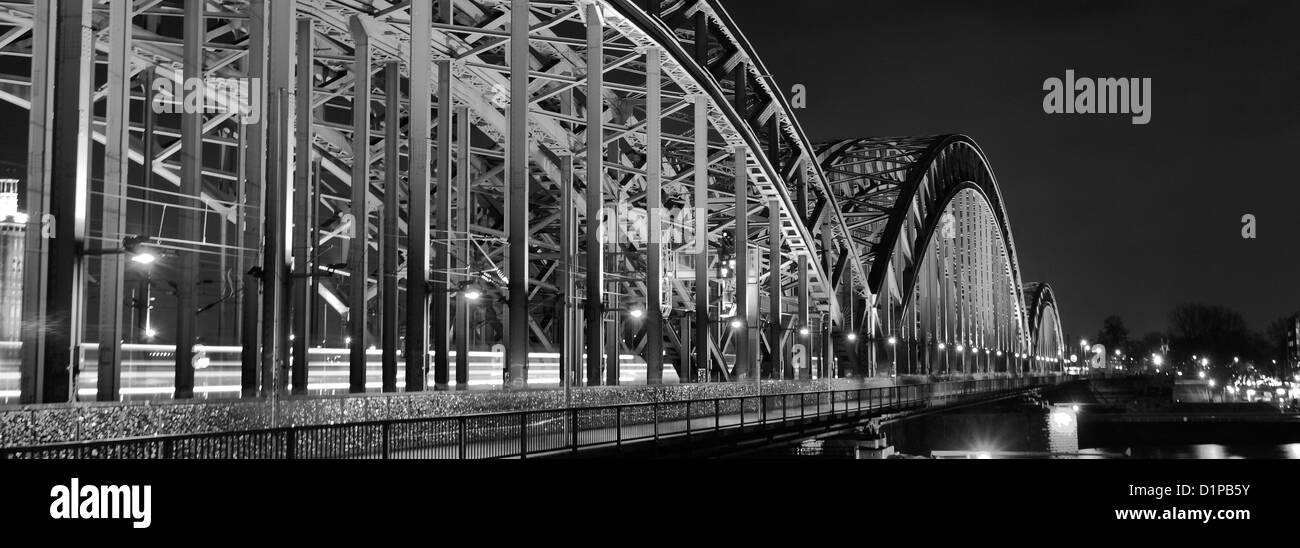 Hohenzollern bridge over the river Rhein, with DB German train, Cologne City, North Rhine-Westphalia, Germany, Europe - Stock Image