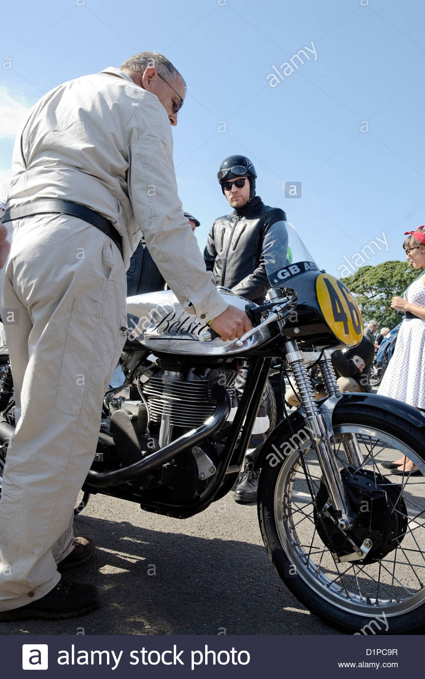 actor Ewan McGregor waiting before the start of the Barry Sheene Memorial Trophy Motorcycle Race to ride a Norton - Stock Image