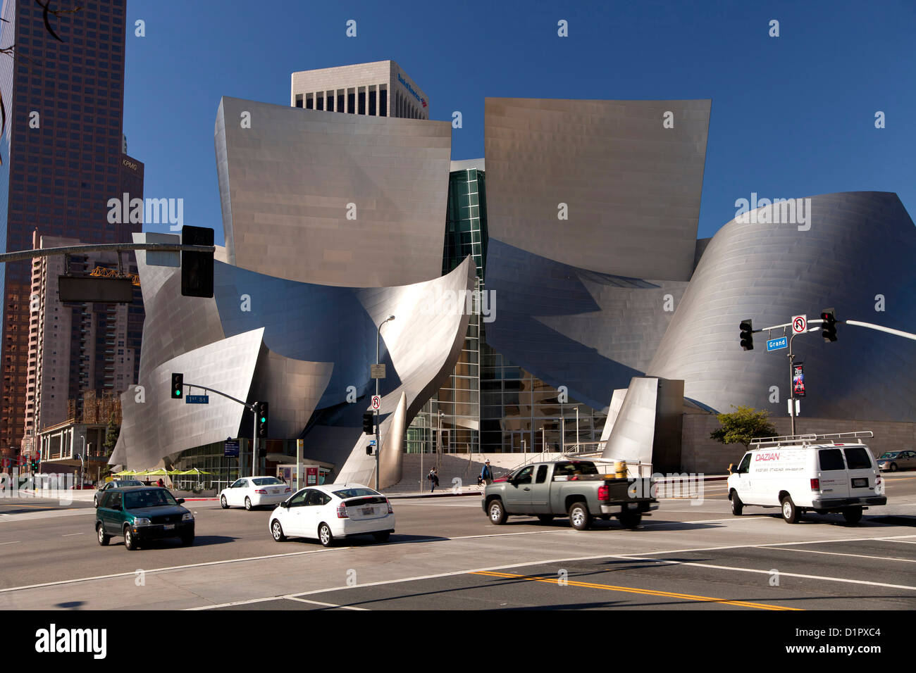 traffic at the Walt Disney Concert Hall, Downtown Los Angeles, California, United States of America, USA - Stock Image