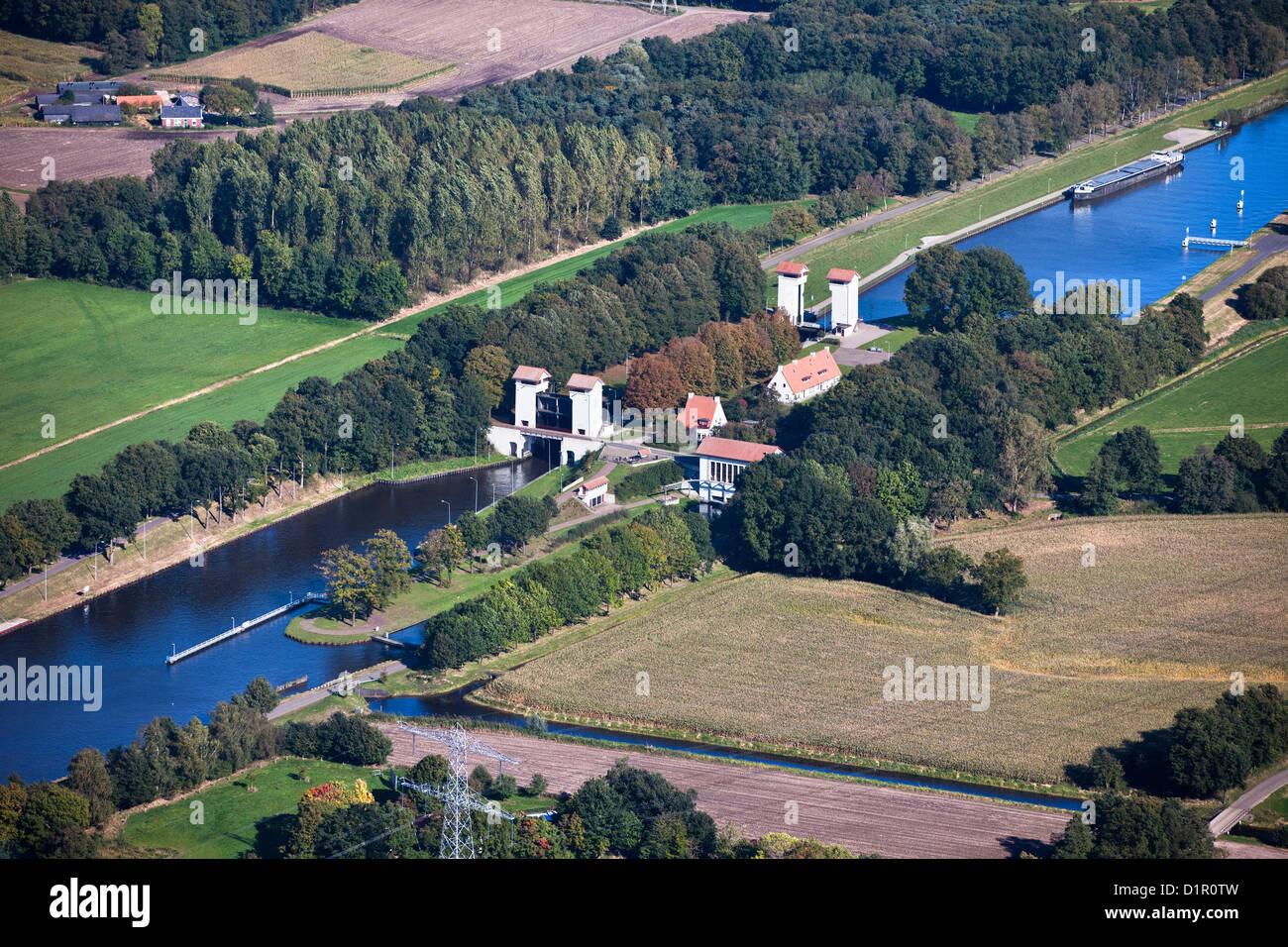 The Netherlands, Delden, Locks in canal called Twentekanaal. Aerial. - Stock Image