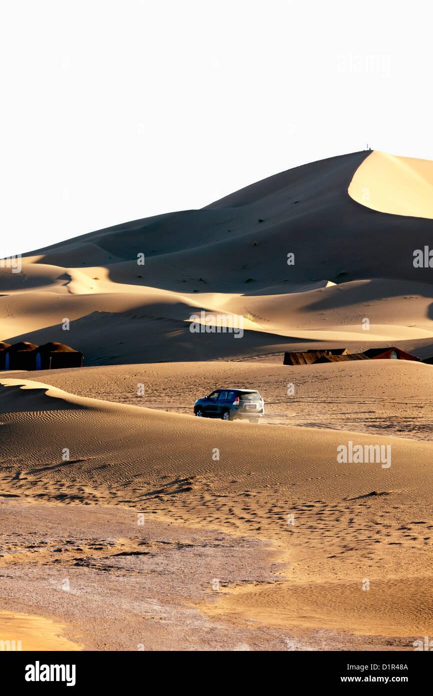 Morocco, M'Hamid, Erg Chigaga sand dunes. Sahara desert. Tourist camp, bivouac. - Stock Image