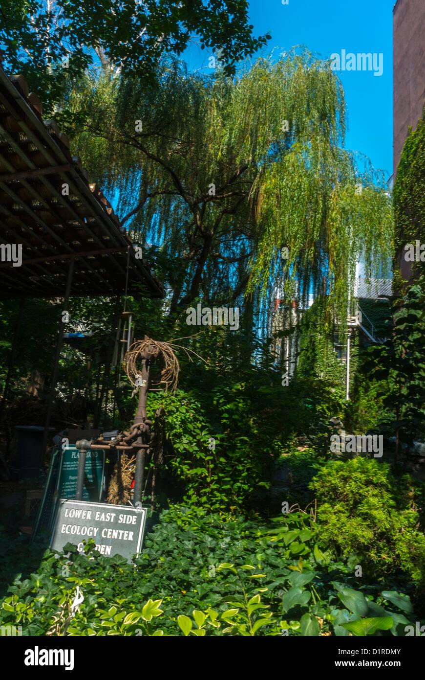 New York, East Village Sixth Street Community Garden, Scenes, Local neighbourhoods - Stock Image