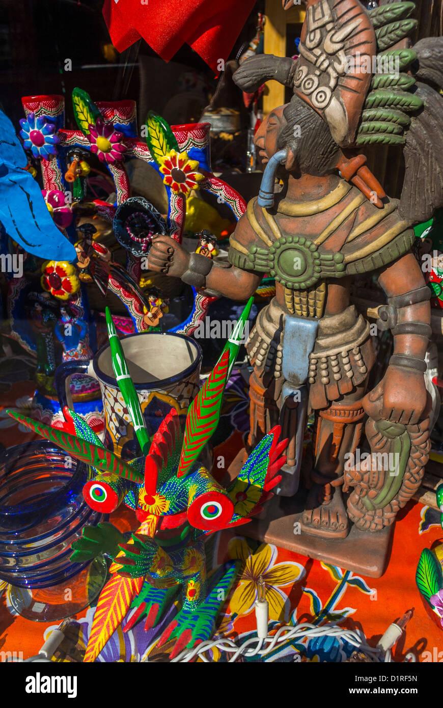New York, NY, USA, East Village Shopping, 'La Sirena' Mexican Art, Objects, Window Display - Stock Image