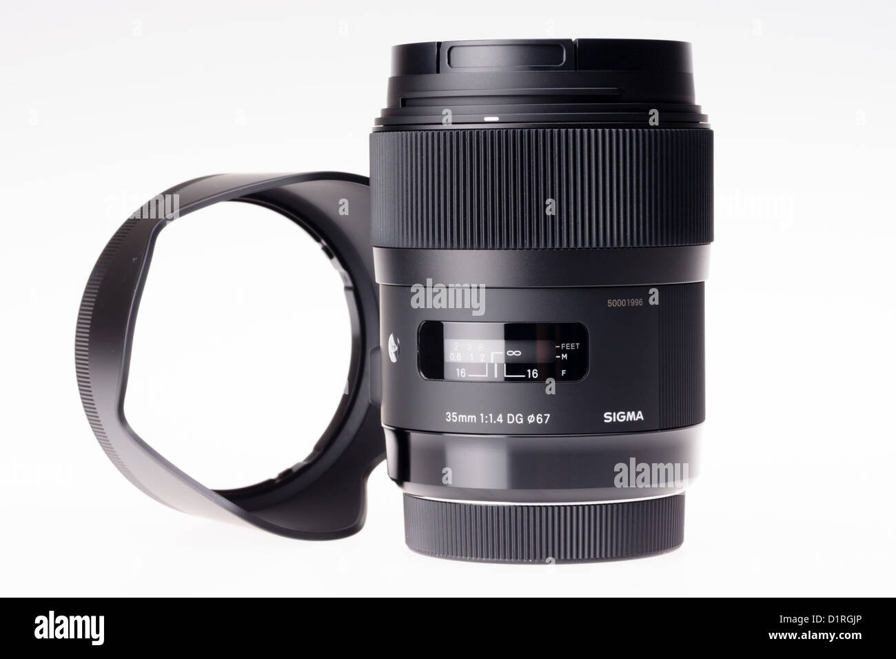 A Sigma 35mm f/1.4 DG HSM lens made in Japan, 2013 - one of the highest quality lenses ever made - Stock Image