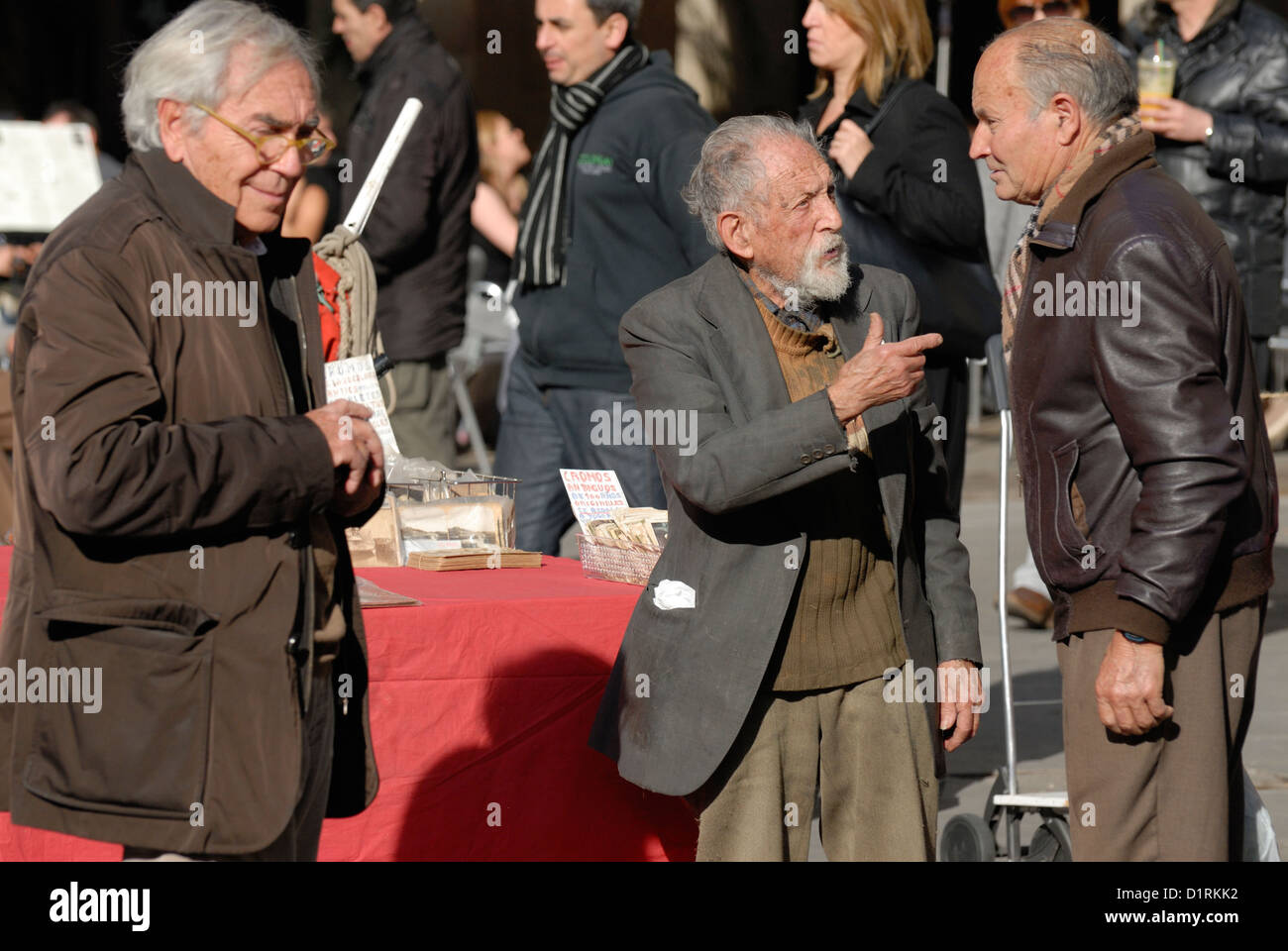 Barcelona, Catalonia, Spain. Placa Real - Sunday stamp and collectors' market. - Stock Image