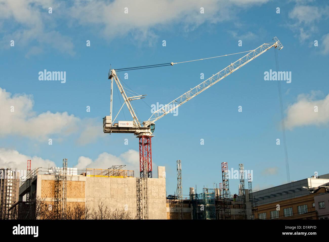 Building Site Crane Uk...