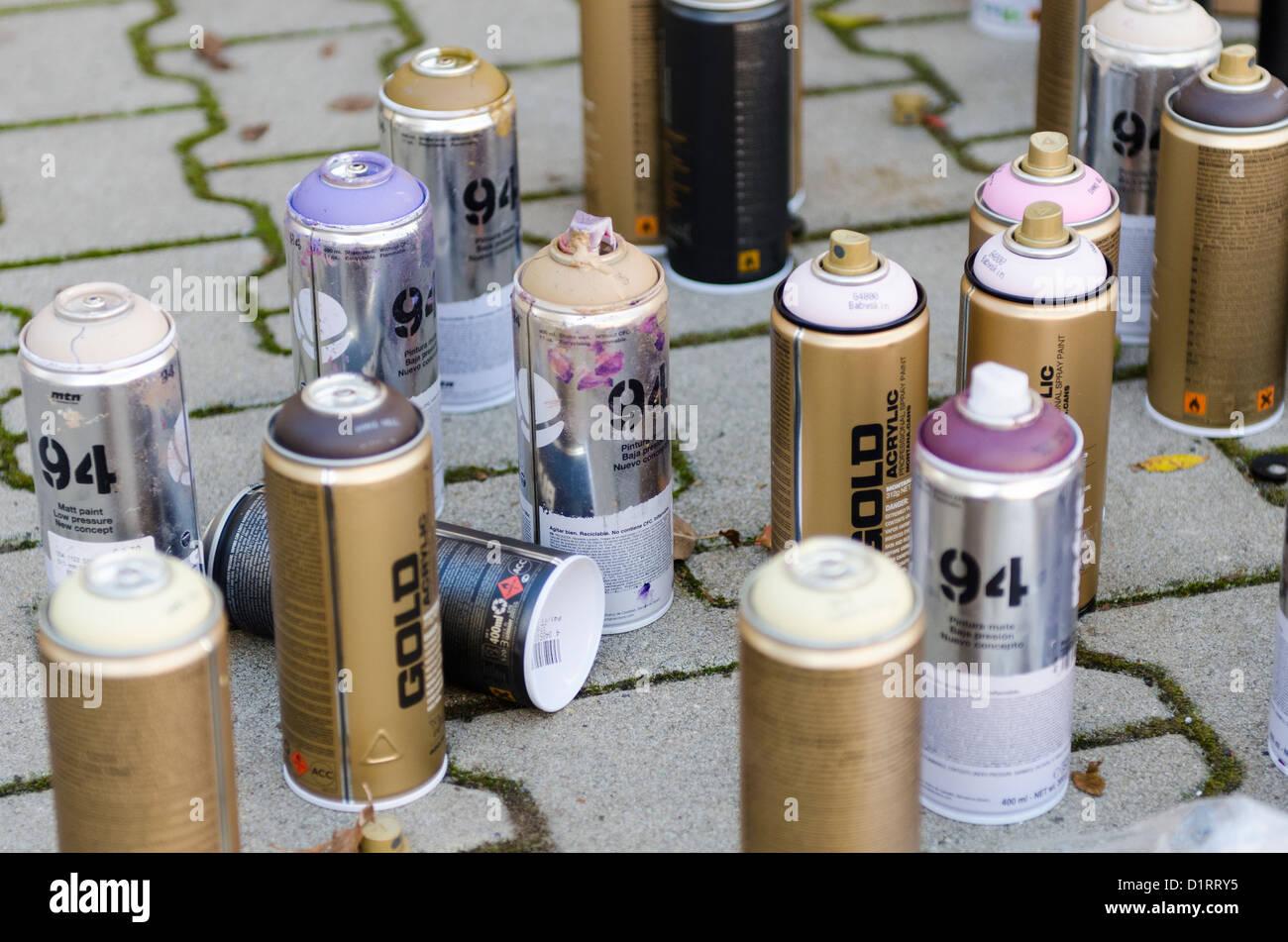 Bombe 94 Montana tout spray kunst stock photos & spray kunst stock images - alamy