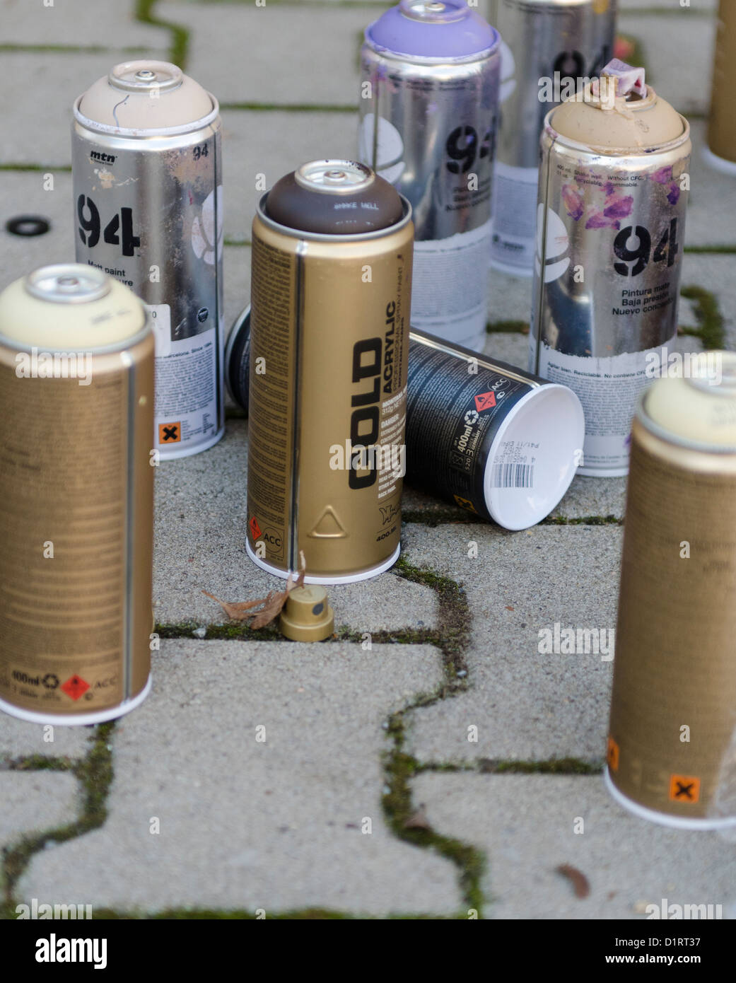 Bombe 94 Montana avec spray kunst stock photos & spray kunst stock images - alamy