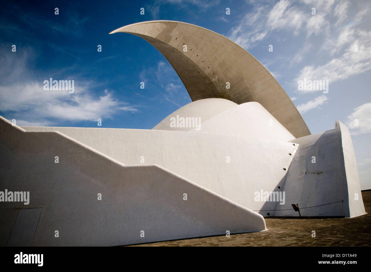 Auditorio de Tenerife Adán Martín opera house dramatic architecture architectural photography stunning - Stock Image