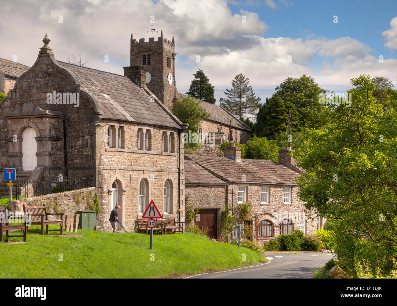Muker village showing church, chapel and cottages, Swaledale, Yorkshire Dales, England - Stock Image