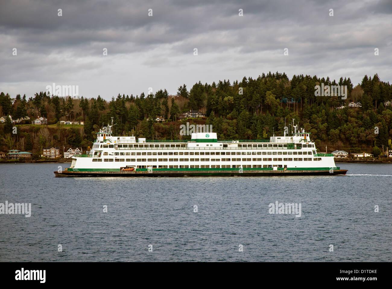 Washington State ferry crossing Puget Sound, Seattle, Washington, USA - Stock Image