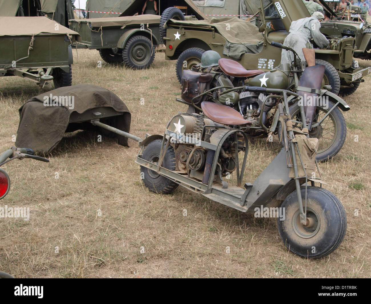 War and Peace Show....Cushman Model 53 Airborne Scooter - Stock Image