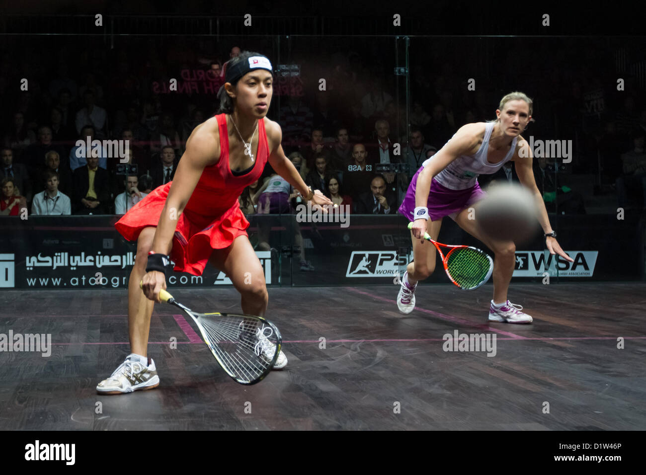 06.01.2013 London, England. World number 1 and reigning World Series champion Nicol David (Malaysia) and World number - Stock Image