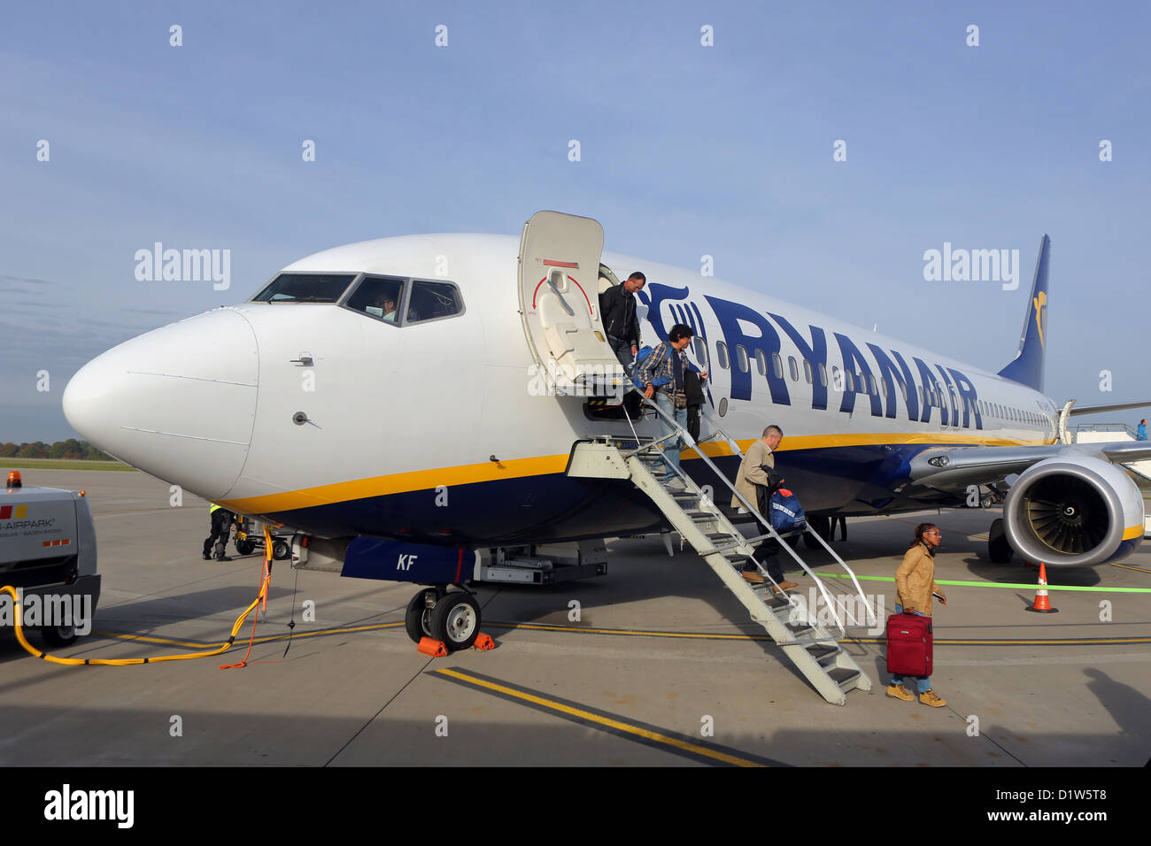Rheinmuenster, Germany, travelers get out of a machine at the Ryanair - Stock Image