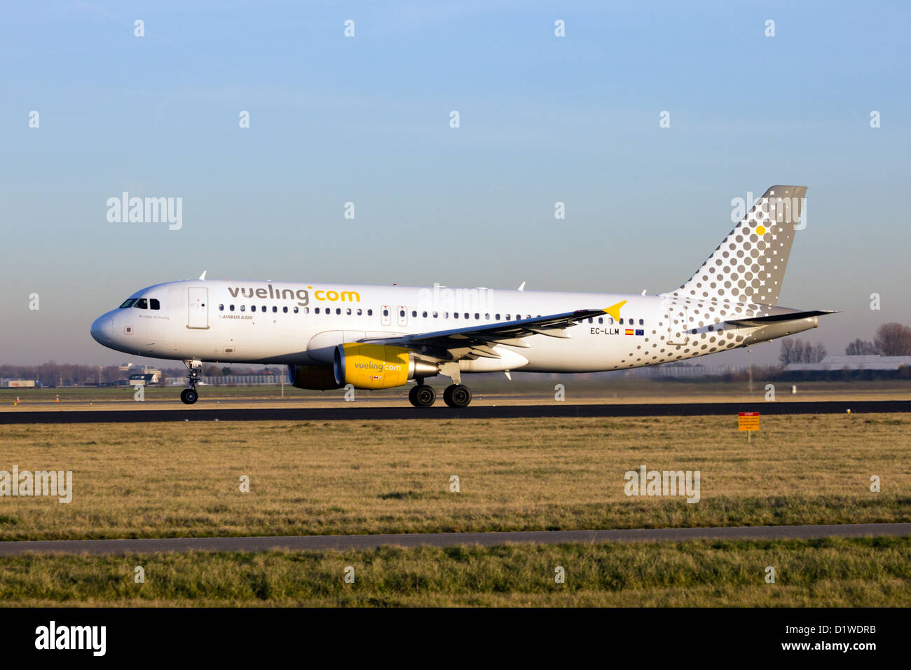 Vueling Airbus 319 take off - Stock Image