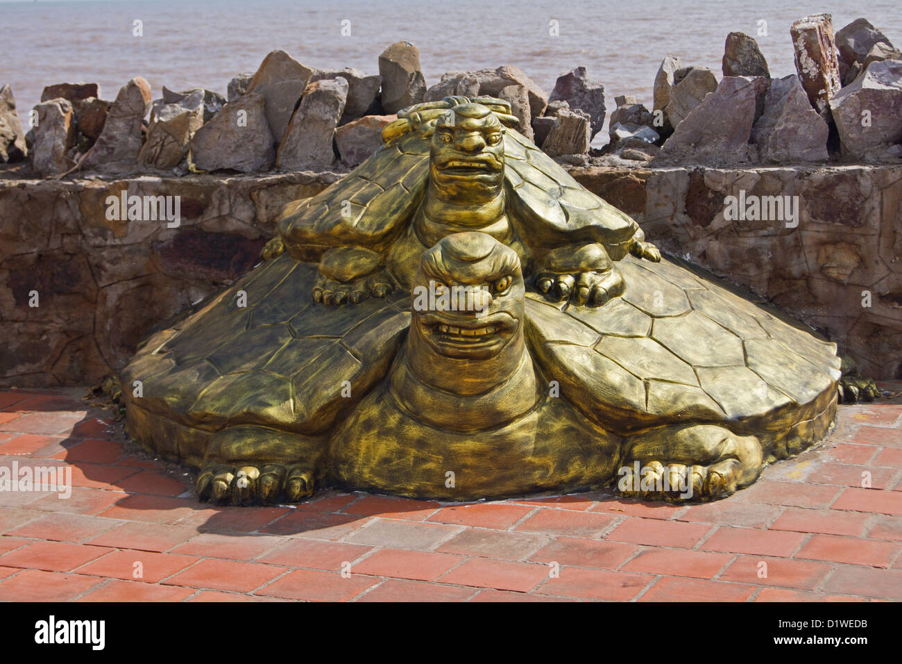 Turtle Statue Stock Photos & Turtle Statue Stock Images - Alamy