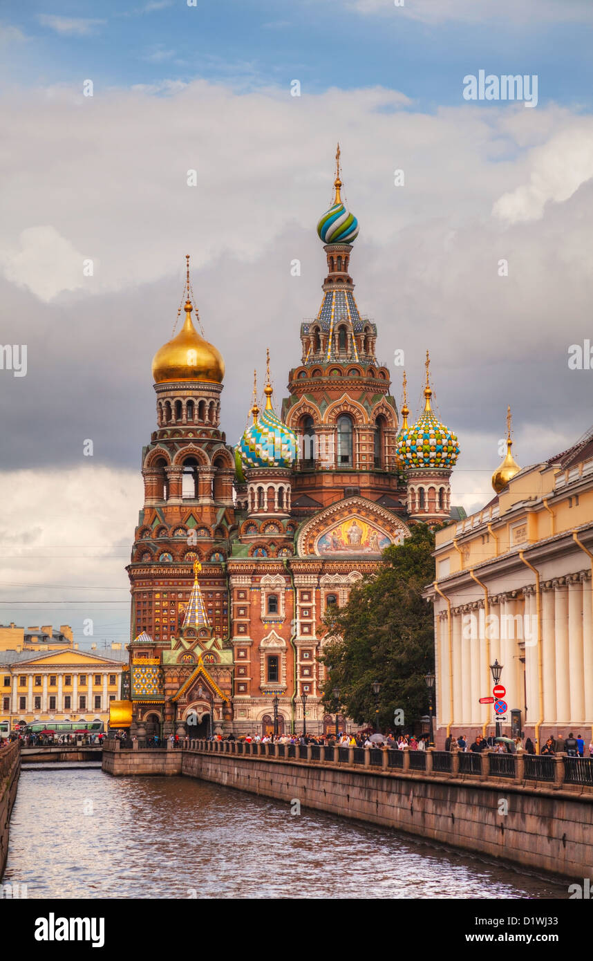 Savior on Blood Cathedral (Church of the Resurrection of Jesus Christ) in St. Petersburg, Russia on a cloudy day - Stock Image