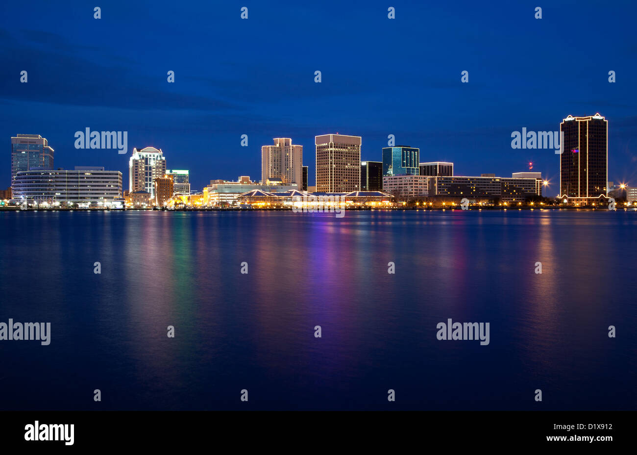 Norfolk Virginia Skyline Stock Photos & Norfolk Virginia Skyline ...