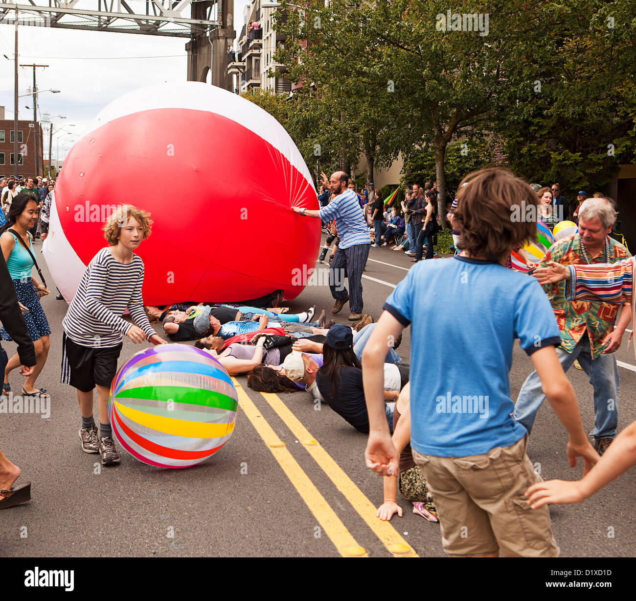 Audience Participation In Fremont Parade - Stock Image