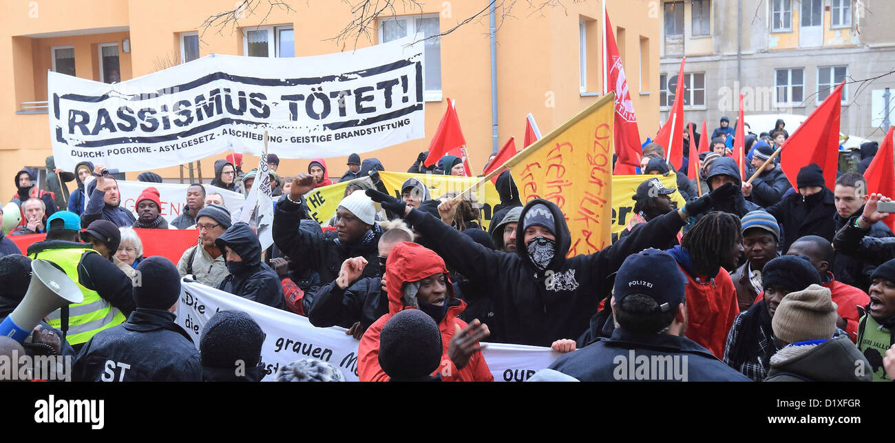 People demonstrate to commemorate the eighth day of death of the asylum seeker Oury Jalloh in Dessau-Rosslau, Germany, - Stock Image