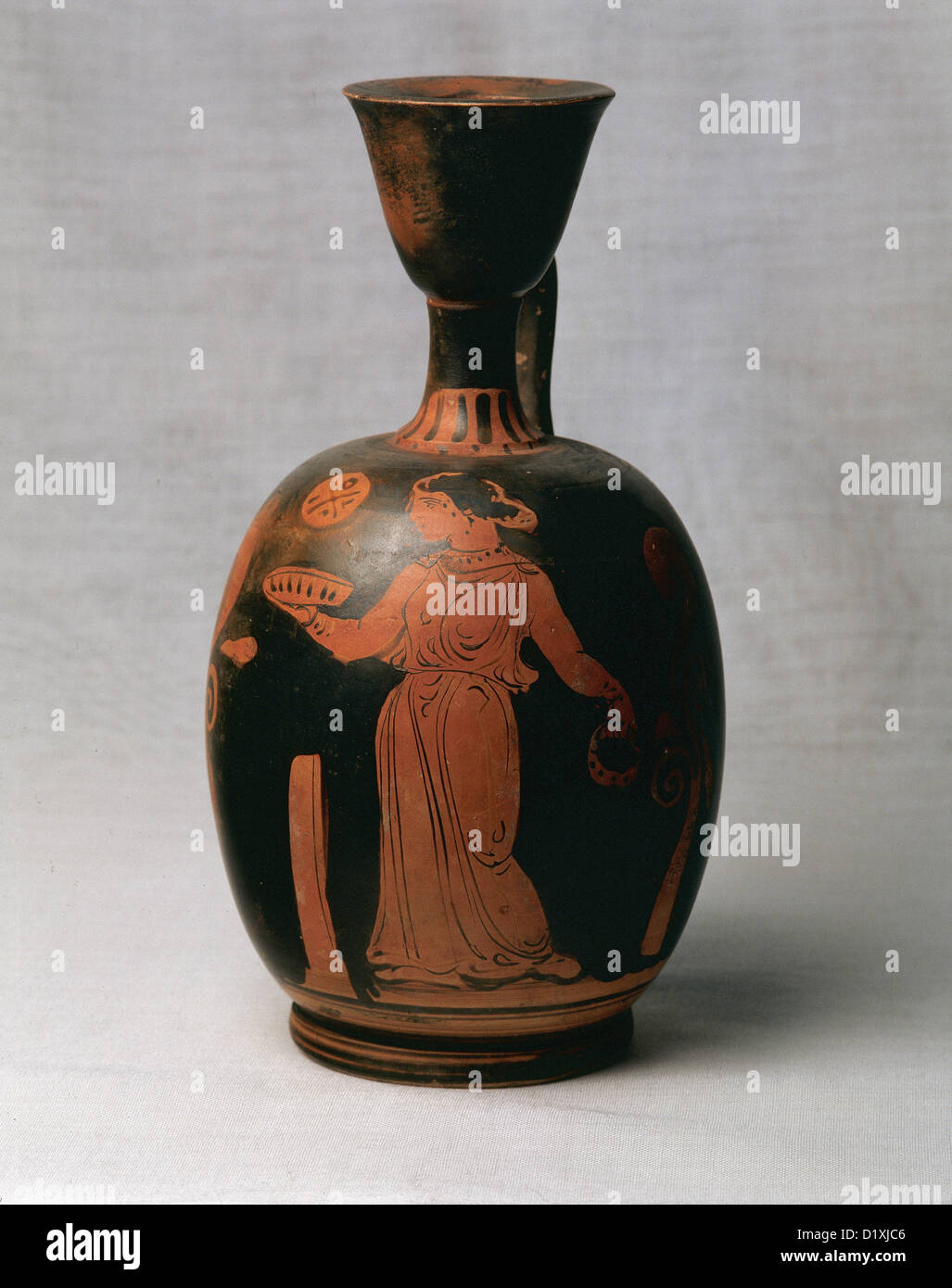 greek vase painting red figure pottery lekythus woman with cake votive and tambourine taranto - Vase Painting