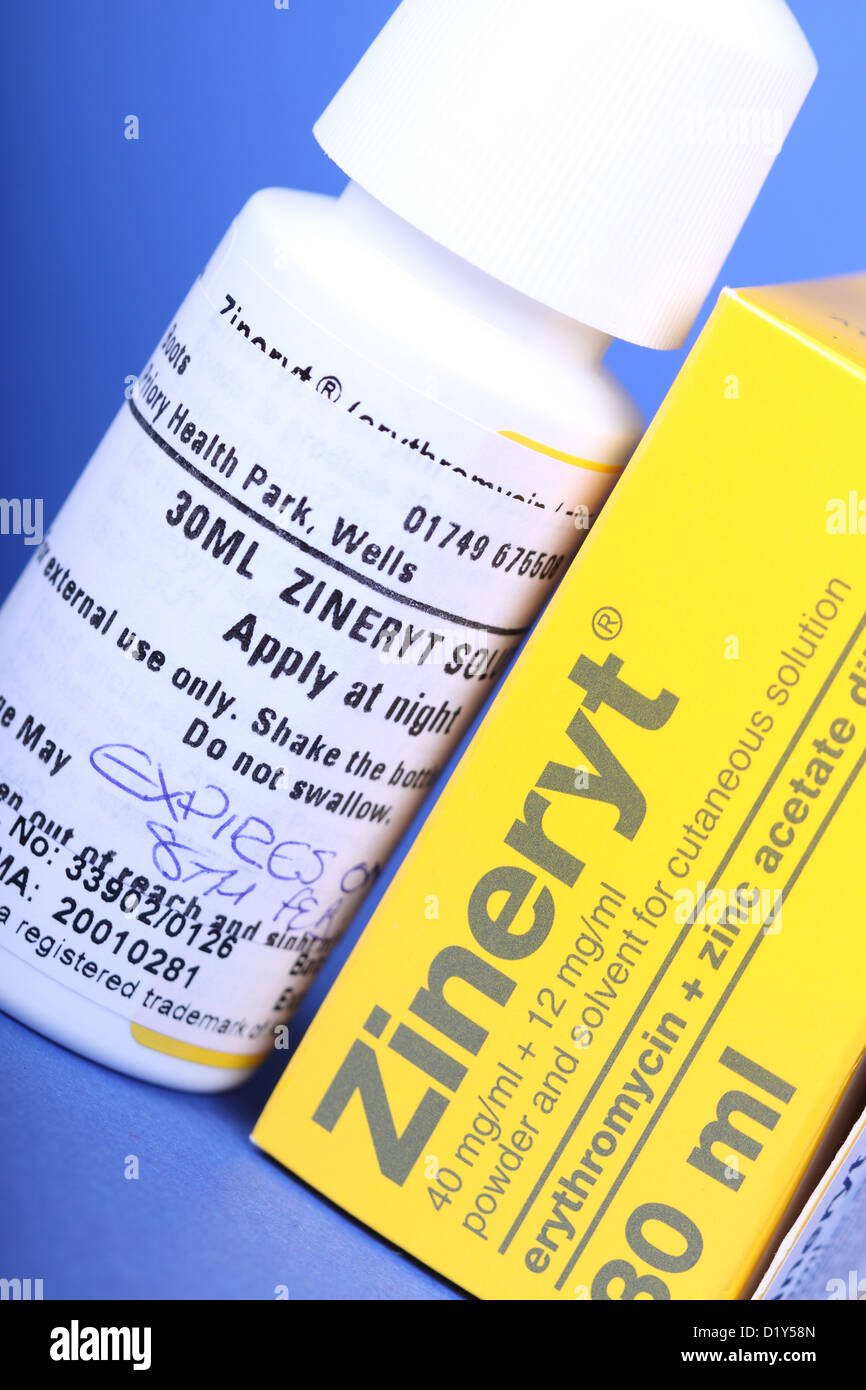 Zineryt medication erythromycin with zinc acetate dihydrate powder with solution used to treat acne - Stock Image