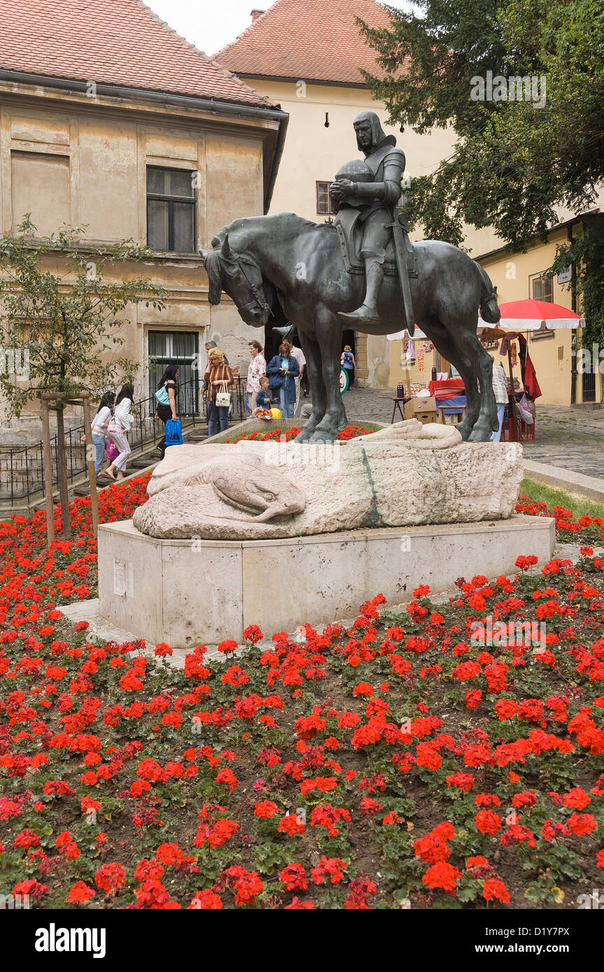 Elk192-1138v Croatia, Zagreb, statue of St George outside Stone Gate - Stock Image
