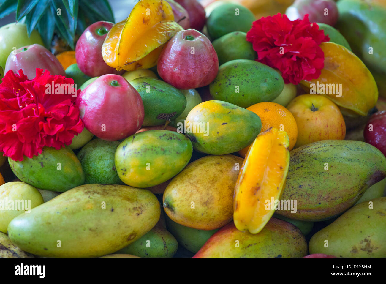 Fresh fruit at a fruit juice stand on La Digue Island, Seychelles - Stock Image