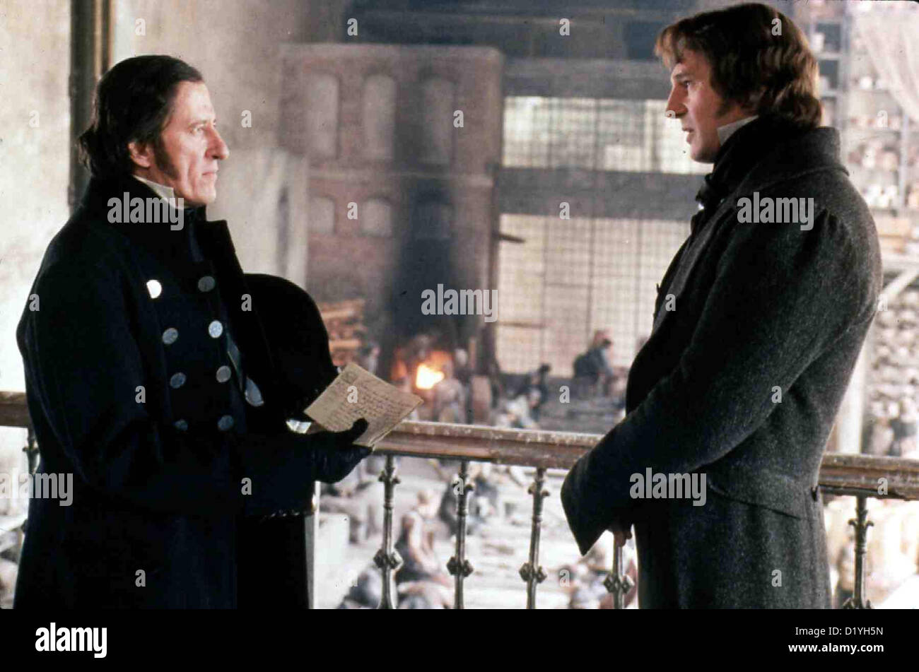 Les Miserables   --   Javert (Geoffrey Rush), Valjean (Liam Neeson) *** Local Caption *** 1952  -- - Stock Image