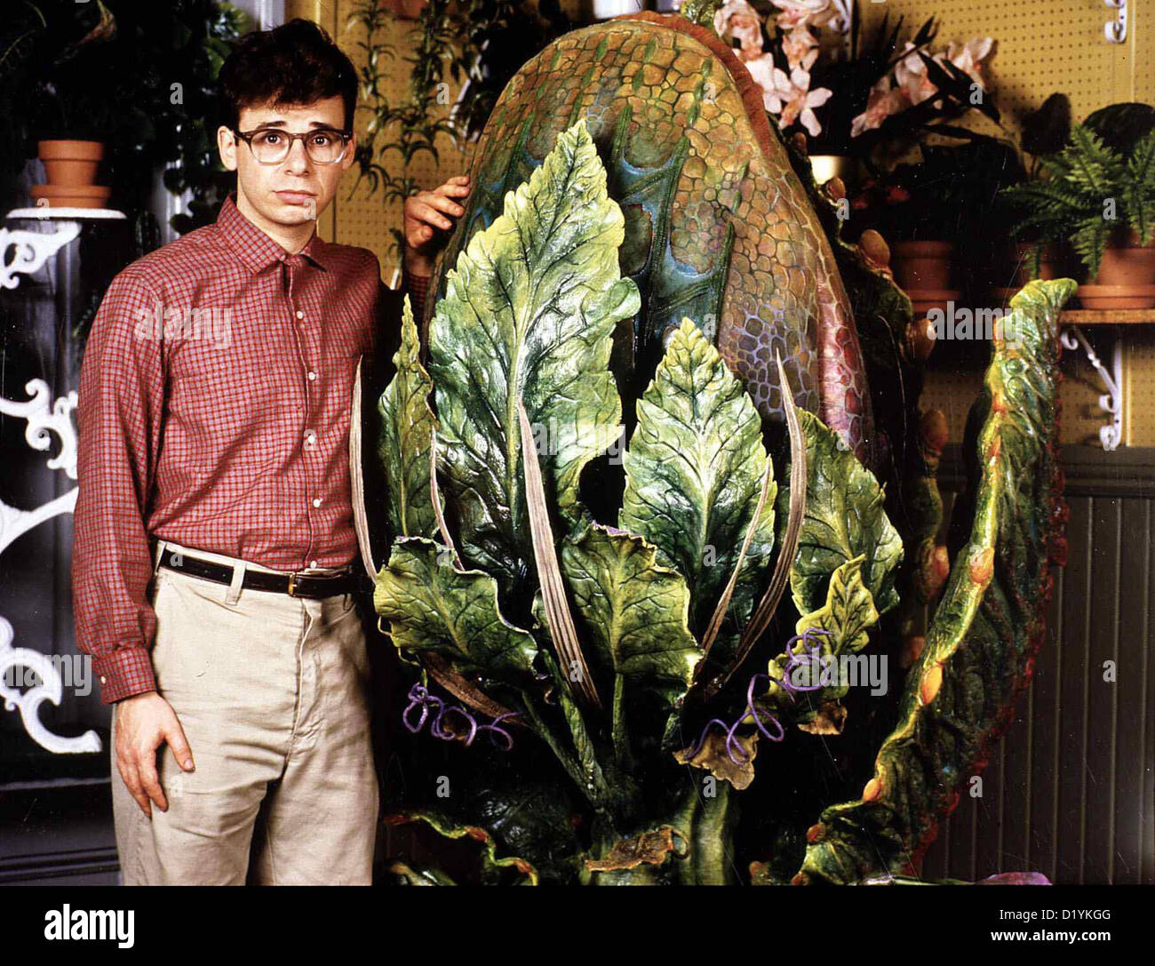 to wear - Fashion: Movie-musical little shop of horrors video