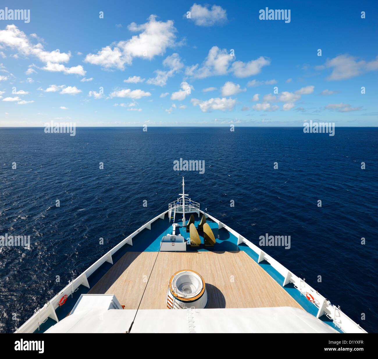 Cruise ship's bow and open sea, Caribbean - Stock Image
