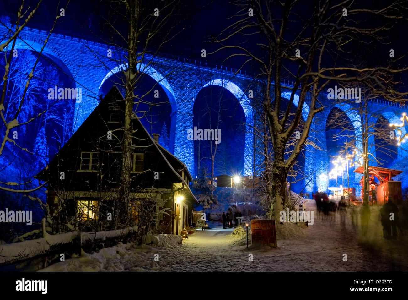 Christmas decorations in the Ravenna gorge, Ravenna bridge in the background, near Hinterzarten, Black Forest, Baden Stock Photo