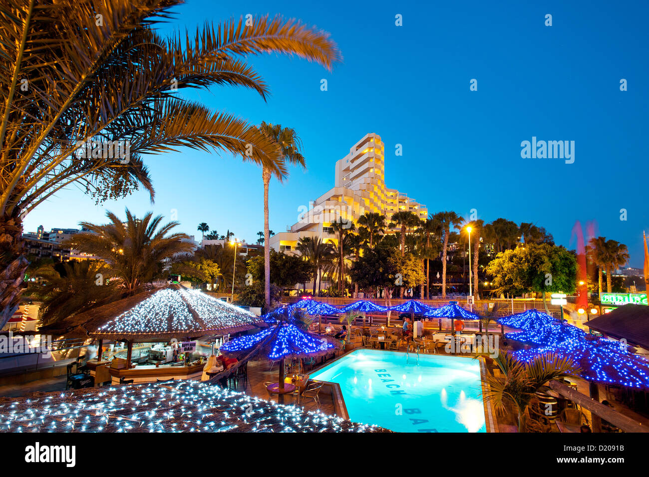 Hotel and Bar in the evening, Playa de Ingles, Gran Canaria, Canary Islands, Spain - Stock Image