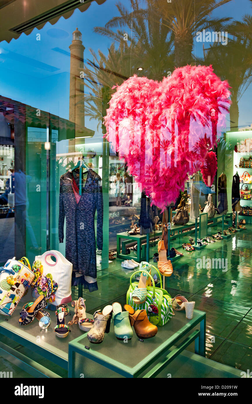 Shop window of a boutique at the promenade, Maspalomas, Gran Canaria, Canary Islands, Spain, Europe - Stock Image