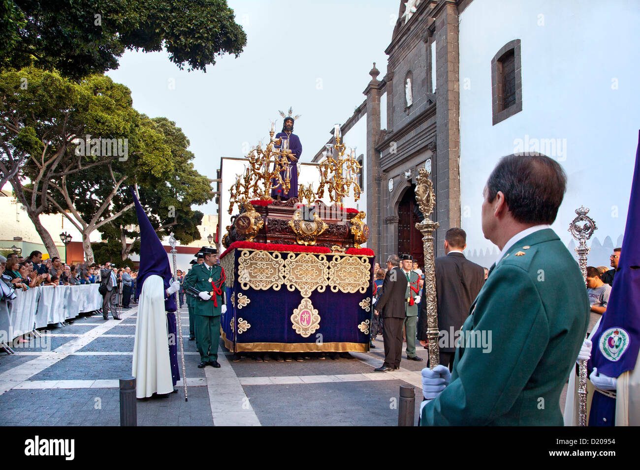 Easter procession at Palm Sunday in front of the church Santo Domingo at the old town, Vegueta, Las Palmas, Gran - Stock Image