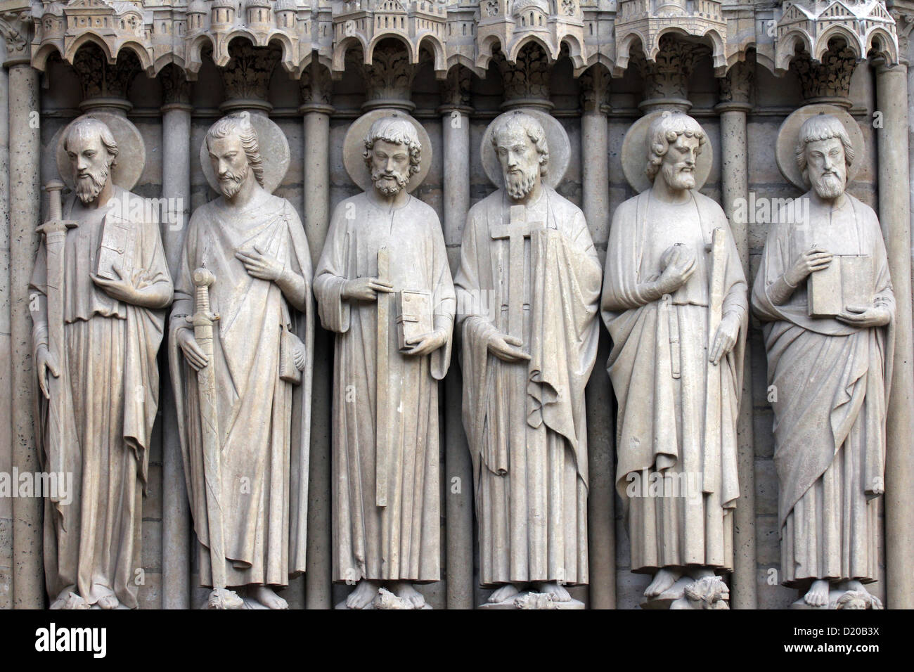 Paris, Notre-Dame cathedral, detail of central portal. Paul, James the Great, Thomas, Philip, Jude, and Matthew Stock Photo