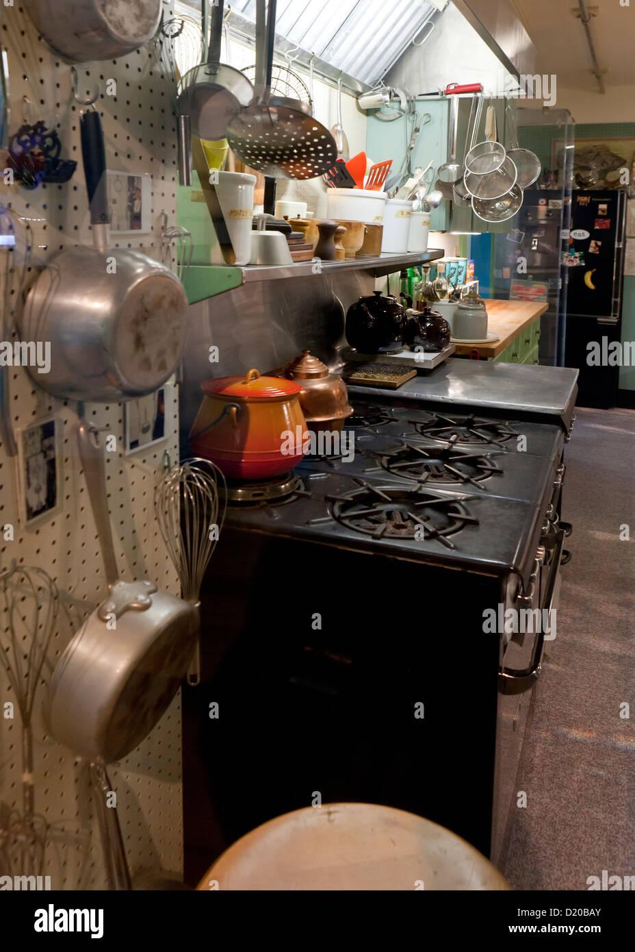 Vintage kitchen oven - Stock Image