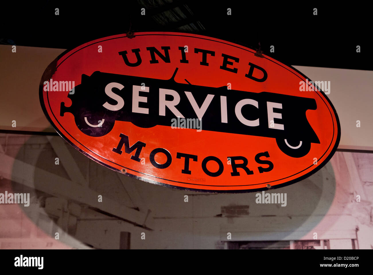 Antique car service center tin sign - Stock Image