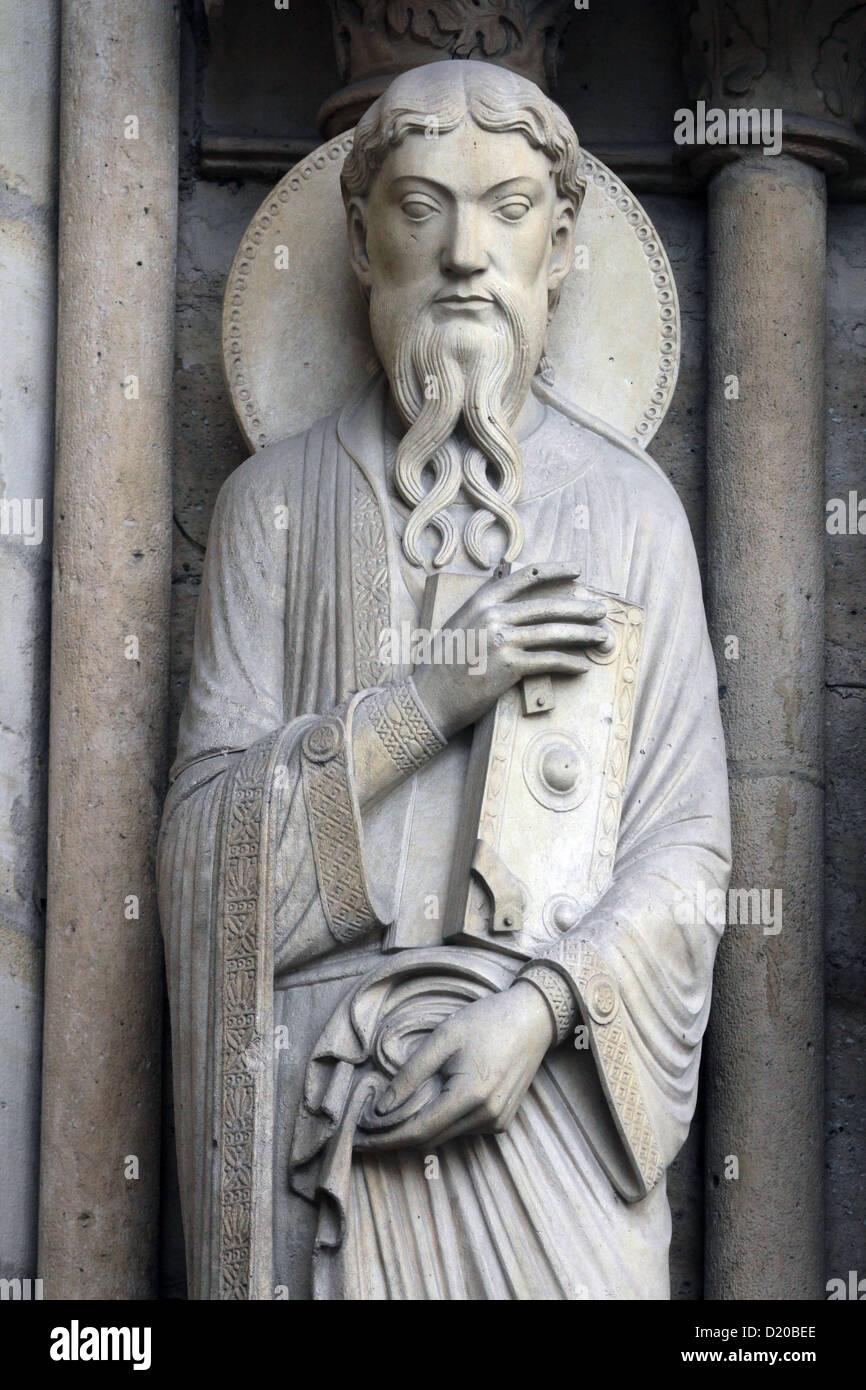 Saint Paul, Notre Dame Cathedral, Paris Portal of St. Anne Stock Photo