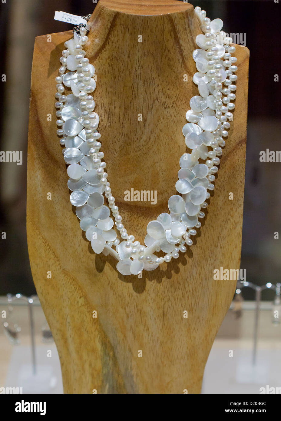 Mother of pearl necklace - Stock Image