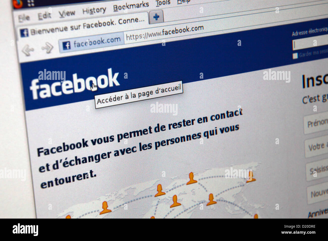 Facebook- French Language site - Stock Image