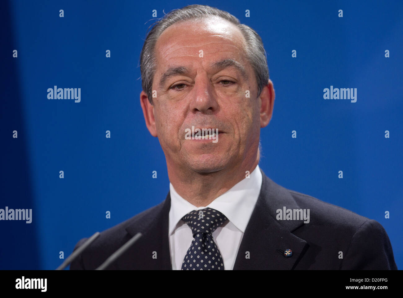 Prime Minister of Malta, Lawrence Gonzi, gives a press conference in Berlin, Germany, 09 January 2013. Gonzi met - Stock Image