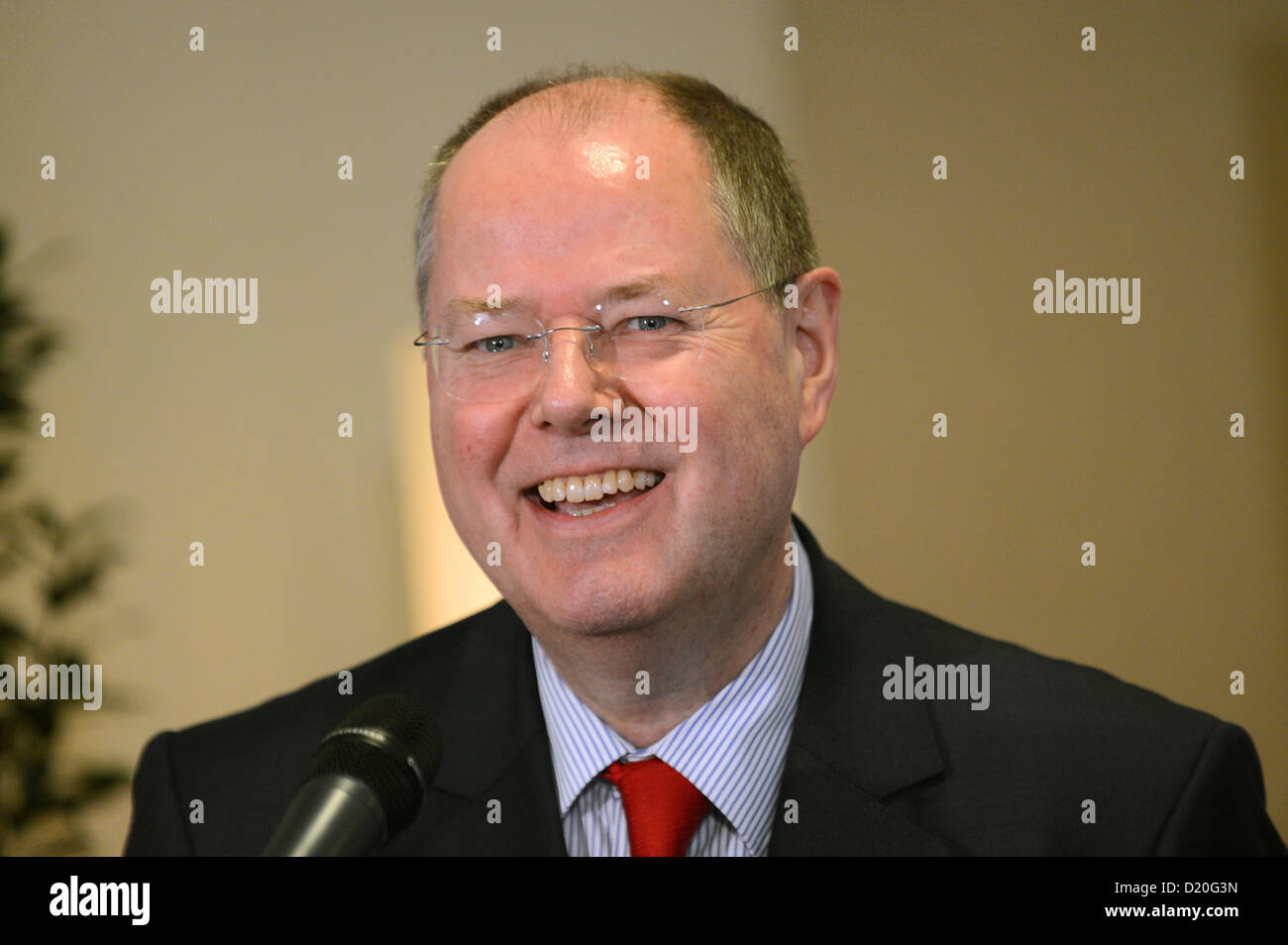Chancellor candidate of the SPD Peer Steinbrueck talks to journalists at the closed meeting of the Bundestag parliamentary - Stock Image