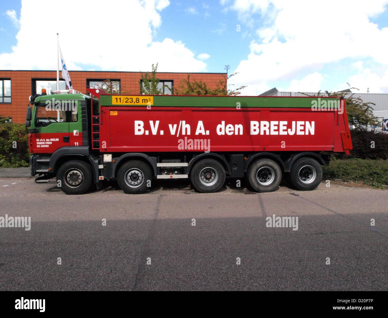 MAN TGA41.480 (owner A den Breejen) - Stock Image