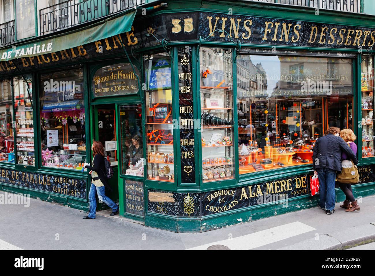 Facade of a delikatessen in Rue du Faubourg Montmartre, Paris, France, Europe - Stock Image