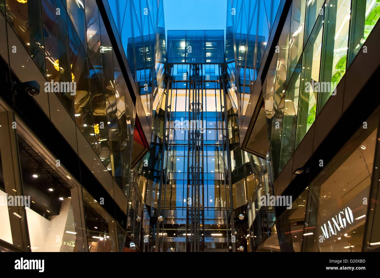 One New Change shopping centre, City of London, UK - Stock Image
